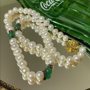 💚Real pearl & Jade necklace NIB